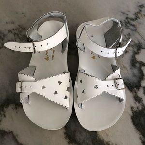 White Salt Water Sandals Hoy sweetheart Sz 11 NEW